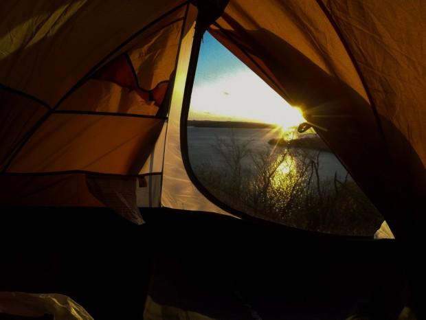 Vista do meu último acampamento, as margens do Rio São Francisco na cidade de Piranhas (AL). (Foto Joel Silva / Folhapress)